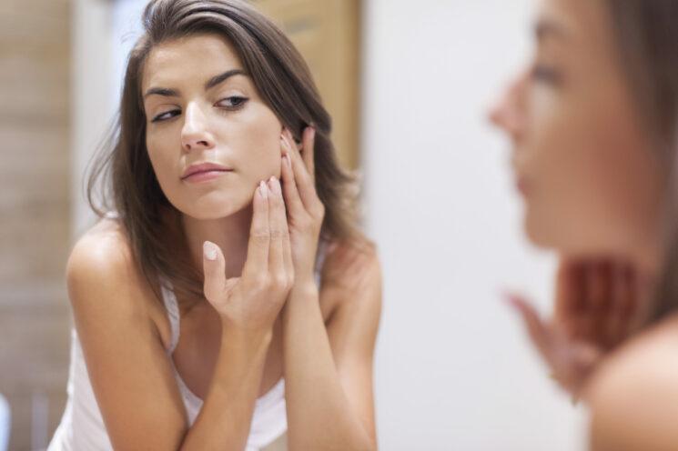 Mit moderner Schönheitspflege Hautalterung entgegenwirken