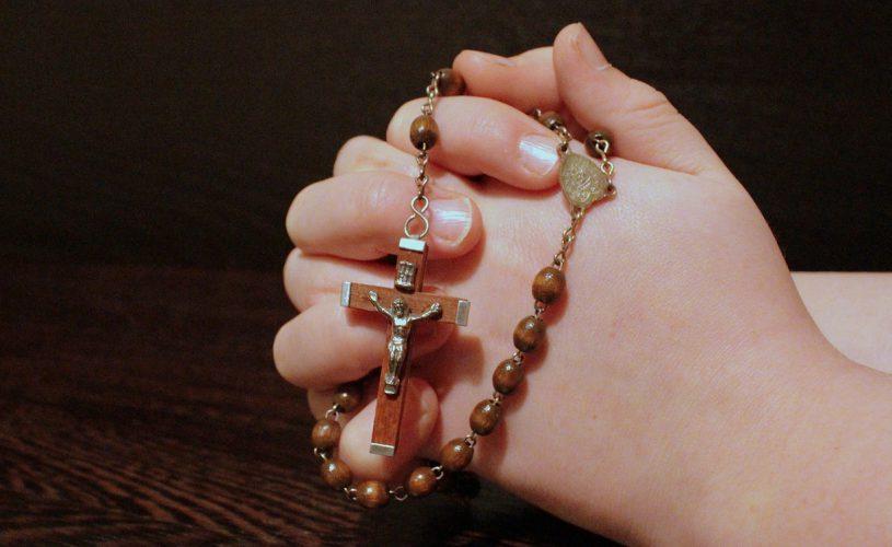 Glaube als Lebensinhalt: Diese Promis sind höchst religiös