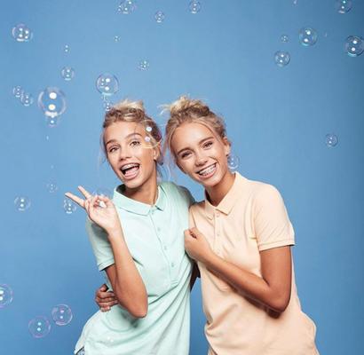 Internetstars mit 15- so ticken Lisa und Lena